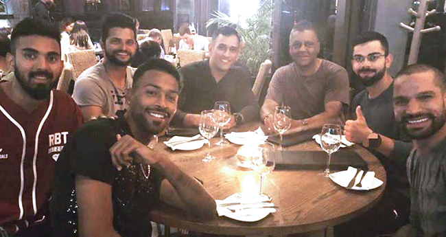 When a waiter embarrassed Virat Kohli in front of his teammates