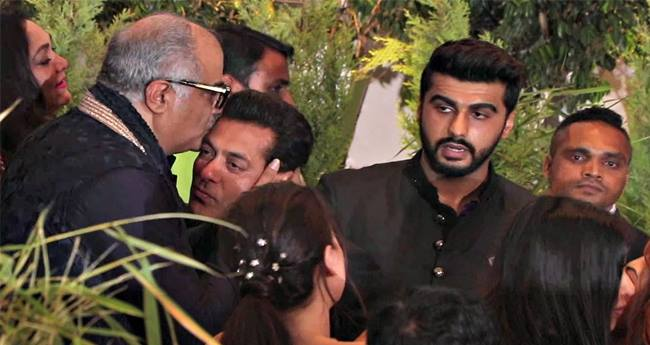 Ignore Game! Arjun And Salman Avoid Each Other At Sonam-Anand's Reception?