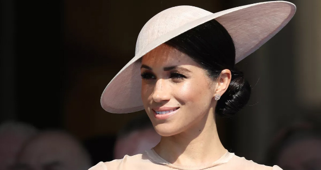 Meghan Markle All Set To Get Royal Lessons By Queens Personal Aide Samantha Cohen