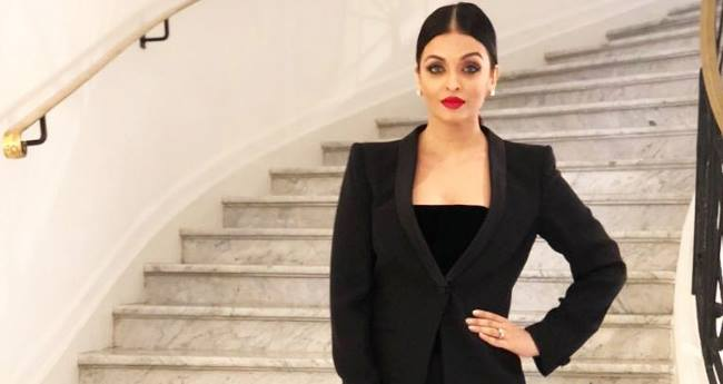 Cannes 2018: Ash tuns heads in her black dress; gets praises from all sides