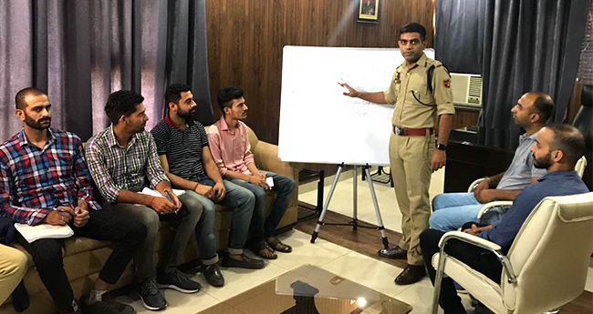 Young Jammu IPS Officer Sandeep Chaudhary Offers Free Exam Coaching to Aspiring Students