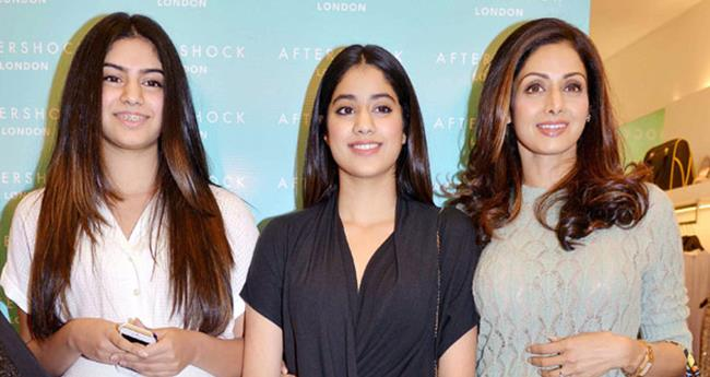 Sridevi Was Eager On Getting Her Daughter Khushi Into Films Reveals Janhvi Kapoor