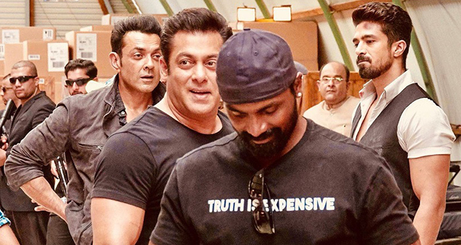 Race 3 director Remo D'Souza announces his next film with Salman; it's a dance film