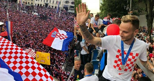 Croatian Football Players Return Home And Get A Warm Welcome From Thousands of Fans