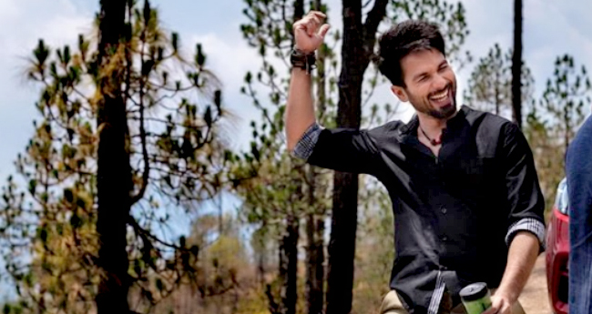 Batti Gul Meter Chalu: Shahid Kapoor Delivers 3-Minute Long Monologue Without A Cut