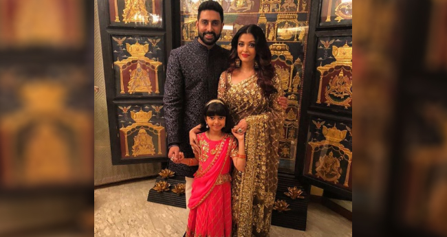 Aishwarya Rai Bachchan Instagrammed A Perfect Family Picture With Abhishek and Daughter Aaradhya