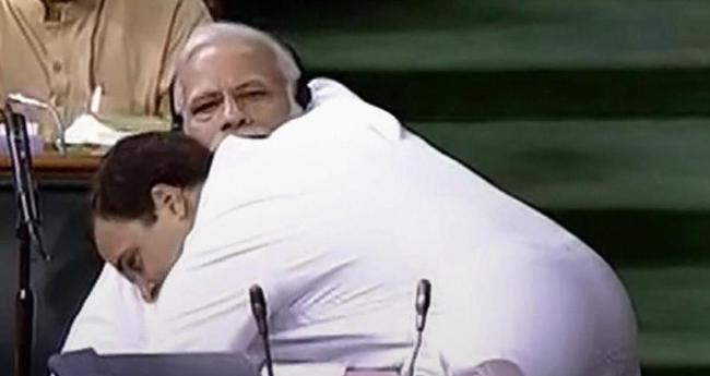 PM Modi Takes A Dig At Rahul Gandhi's Unwanted Hug, Says Gale Pad Gaye