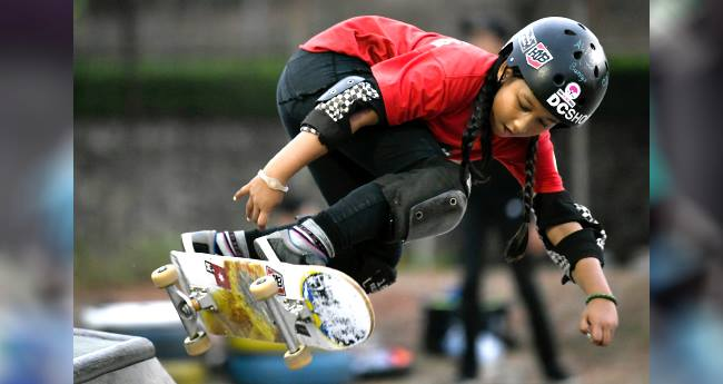 Indonesia's 9 YO Girl Is The Youngest Skateboarder To Participate In Asian Games 2018