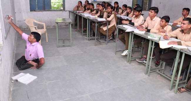 Physically Challenged Sanjay Sen Teaches At Govt School In Rajasthan, Inspires Everyone