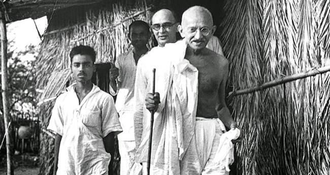 Remembering Mahatma Gandhi On His 150th Birth Anniversary With Some Of His Life's Stories By UmaShankar Joshi