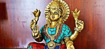 Know the importance of Lakshmi Puja on the auspicious occasion of Diwali
