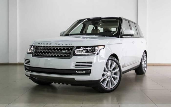 Range Rover Vogue Ranveer Singh e1540365063524