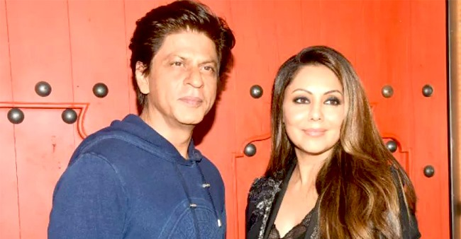 Here is the reason why shahrukh Khan never posts family pics on social media