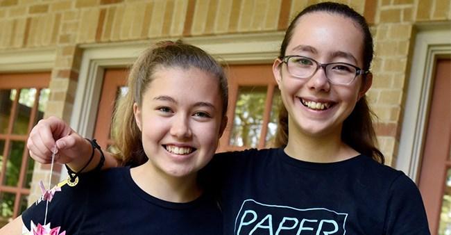 AMERICA : Teenage sisters arranged  10 Crore Rupees for clean water.