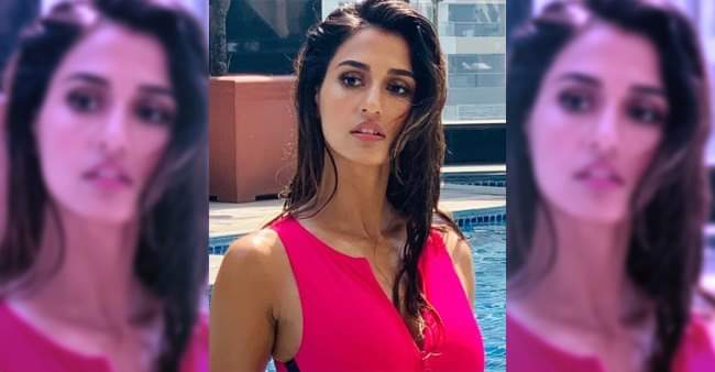 Disha Patani Leaves The Fan Amazed With Her Pink Cut-Out Monokini Look In Water