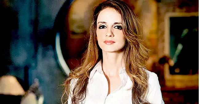 I was in love with interior designing, Acting is equally a tough job but it didn't attract me, says Sussanne Khan