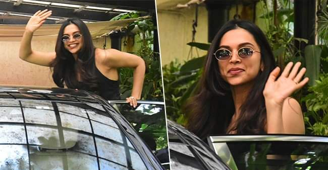 Deepika gives a fascinating smile, ready for the next film
