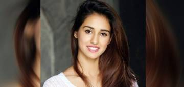 Disha Patani performs incredible stunts in a gym; share videos
