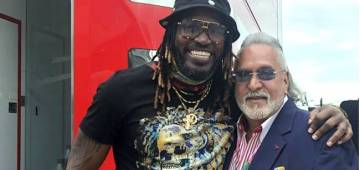 Vijay Mallya Reacts to the Mocks Post Finding his Viral Picture with Chris Gayle