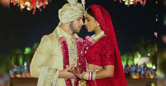 Take inspiration from Bollywood beauties to look perfect in bridal outfit