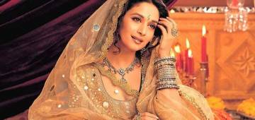 The story of Madhuri Dixit's ghagra in Devdas film; it weighed 10Kg