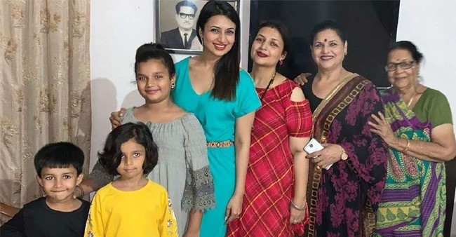 Divyanka Tripathi enjoying at her nani maa house; shares family picture with four generations