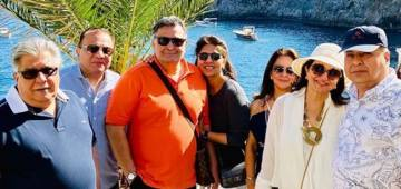 Neetu Kapoor enjoying vacations in Italy with hubby Rishi Kapoor and close friends; shares pics