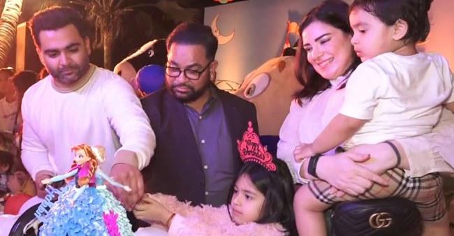Genelia, Geeta, Karanvir Bohra, Daniel, Barkha & Many Others Grace Sachin And Urvashi Son's Birthday Bash