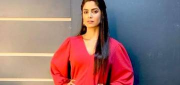 Bigg Boss 13: Naagin fame Sayantani Ghosh reacts on female contestants playing 'Women Card' in the house
