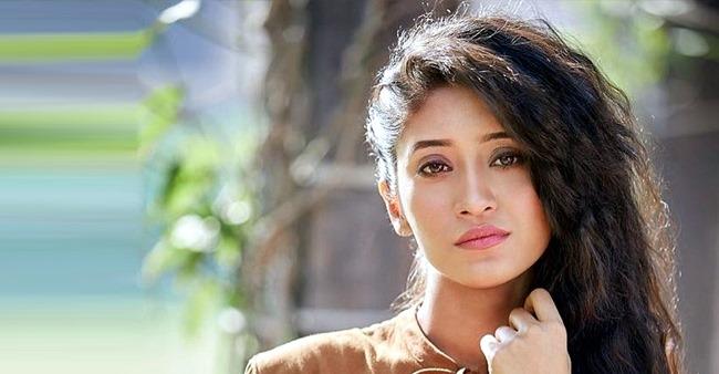 YRKKH Fame Shivangi Talks About Her Music Album Aadatein, Hina Khan, Criticism & Much More