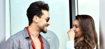 Tiger Shroff Mistakenly Called 'Tiger Ma'am' & Shradhha Reaction Is Funny; Watch Video
