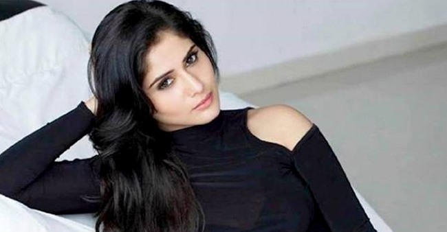 BB 13 fame Arti Singh postpones her Maldives pre-birthday bash due to outbreak