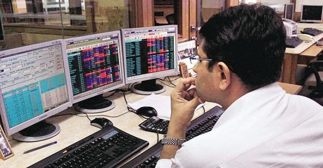 Stock market opens with 45 minutes delay amid lockdown; Sensex, Nifty plunge 10%