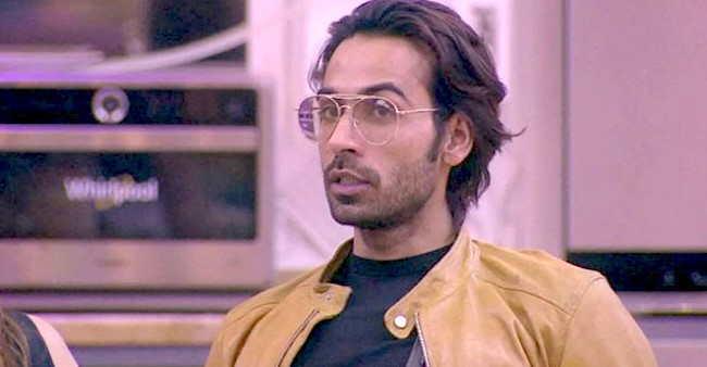 BB13: After Paras, Arhaan Khan's Stylist Accuses Him Of Not Returning Her Belongings