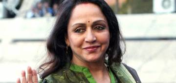 Hema Malini On Quarantine: I Wash Clothes, Water Plants, Cook Food Myself & Feels Independent