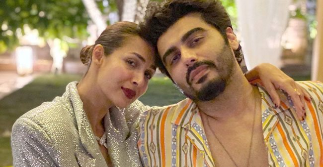 Malaika Arora becomes a photographer for her sweetheart Arjun Kapoor