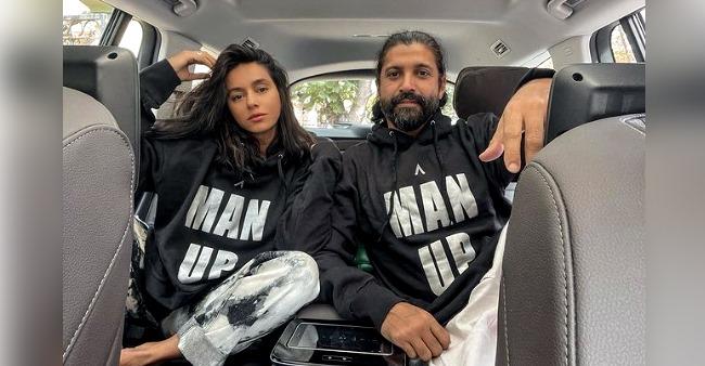 Farhan Akhtar And Shibani Dandekar Celebrate 3 Years Of Togetherness; Netizens Shower Good Wishes