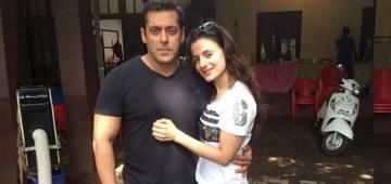 Throwback To Ameesha Patel Bringing 'Shan Paul' To Salman's Prem Ratan Dhan Payo; Netizens Were Left In Splits