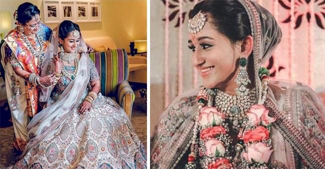 This Mumbai Bride Chose Simple Yet Gorgeous White Color Lehenga By Sabyasachi