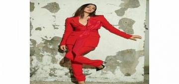 Divas Like Sara, Kiara & Others Are Fan Of The Classic Red Pantsuit