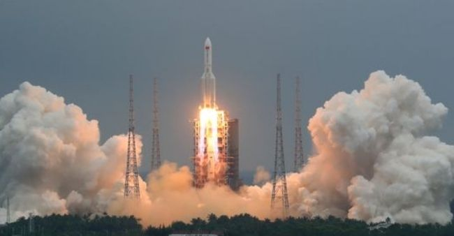 Chinese rocket debris to crash Earth this weekend as US looks on
