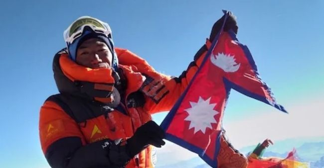 Sherpa guide Rita breaks his own record: Scales Mt. Everest for the 25th time.