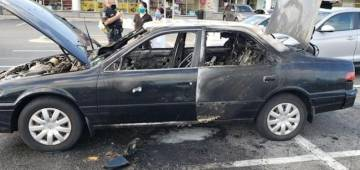 US: Car explodes as the driver uses hand sanitizer while smoking
