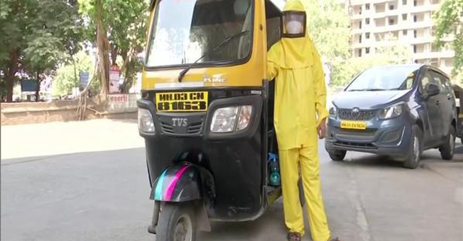 Mumbai teacher who turned his auto-rickshaw into mobile ambulance for COVID patients earns praise