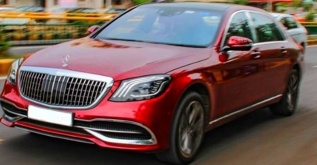 Cricketer Jaspreet Bumrah spotted driving his Mercedes S560 Maybach outside his residence. Watch here