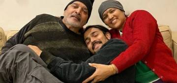 The famous YouTuber Bhuvan Bam shares the news of his parents' demise due to COVID-19; along with a poignant note